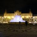 Sevilla - Placa de Espana bei Nacht.