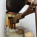 Jerez - riesige Ölpresse im Alcazar