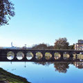 Alte römische Bogenbrücke in Chaves ...