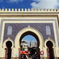 Bab Boujloud in Fes - Eingangseite zu den Souks und die ...