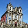 Porto - Kirche mit Azulejo Kacheln.
