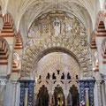 Cordoba - Mezquita - Catedrale inmitten der Säulengänge