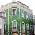 Altes Haus mit Azulejos in der Altstadt von Lagos.