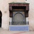Brunnen in der Medina von Meknes.