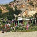 Trendige Strandbar in Ferragudo (unten am Castell)