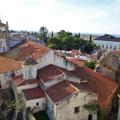 Archäologisches Museum Serpa - Blick vom Turm auf die Kirche.