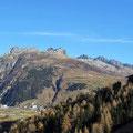 St. Gotthard mit Blick auf Andermatt.