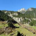 ... in die Bergwelt des St. Gotthard.