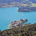 Blick vom Aussichtsturm auf dem Pyramidenkogel in der Kärntner Gemeinde Keutschach am See