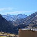 Wir genießen das grandiose Bergpanorama des St. Gotthard.