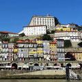 Porto - Blick über den Douro auf die Altstadt.