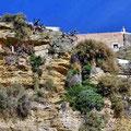 "Arcos de la Frontera - ""Keller mit Ausblick"" in der Abbruchkante unter den Häusern"