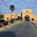 Vor den Mauern von Meknes.