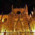 Sevilla - Cathedral bei Nacht.