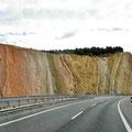 Geologische Studien am Straßenrand