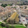 Carcassone - Blick von den Wehrgängen auf die Kathedrale Saint-Michel