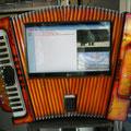 Rockola con estilo acordion 24