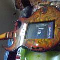 Rockola guitarra amarrila 101