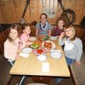 Abendessen - dicke Sauerländer ;-)