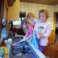Die Damen wollten den Abwasch machen...