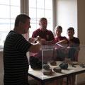 Im Schloß bestaunten wir die Funde die bei den Ausgrabungen zu Tage gefördert wurden