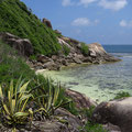 Kleiner Strand auf der Ile Moyenne im Ste Anne Marine Nationalpark