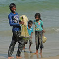 Fischer mit seinen Kindern