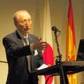 スペイン・ロマネスク・アカデミー(日本)の勝峰理事長は、スペイン語と日本語を織り交ぜて挨拶いたしました。