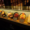 銀座梅林のとんかつ屋さん。もちろんご飯とキャベツとお味噌汁はおかわり自由。@Singapore ION