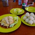 ナンバーワン!!マラッカにはこのチキンライスを食べにもっかいいこう。@Maracca