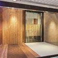 Türen und Holzoberflächen