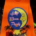 Da Vollmond bekanntlich gerade mal einmal pro Monat vorkommt, wird hier auch Half- , Black und weitere Mondstände gefeiert...