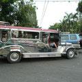 Ein typischer Jeepney