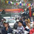 Das uebliche Verkehrsaufkommen in der Innenstadt von Hanoi.