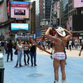 Street Cowboy auf dem Time Square