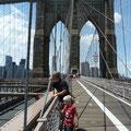 Ausicht auf der Brücke Richtung Manhattan