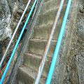 Diese Treppe wird in unserem Sprachgebrauch wohl eher als Leiter bezeichnet...