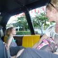 Mit dem Taxi zum Hotel