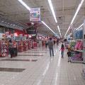 """einer der """"kleineren"""" Supermärkte in Santo Domingo"""
