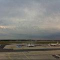 Am Frankfurter Flughafen ging es los