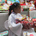 so wie Elizabeth bekam jedes Kind ein Geschenk