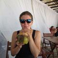 unser erster coco loco aus frischen Kokosnüssen
