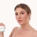 Fotografía de Producto con modelo. Cremas Le Pommiere.