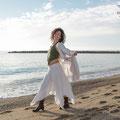 Mireia, book en exteriores (Cambrils) para portfolio personal y profesional. Fotografía Andreu Gual