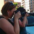 Montse y Alba, tuvimos la ventaja de que llevaran exactamente la misma cámara, cosa difícil hoy en día. Curso básico de Fotografía Digital. Foto: Andreu Gual