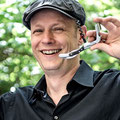 Andreas Röhrich, Sommelier im Restaurant Broeding, präsentiert den neuen Trend: Orange Wines.