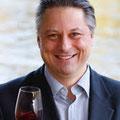 """Der Weinakademiker Stefan Metzner ist der Meinung """"Silvaner rockt!"""" und nach dem WineWalk mit ihm, wissen Sie warum."""
