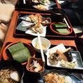白山比咩神社前のおはぎや 鶴来名物の笹寿司
