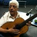 ギタリスト、Caçula と共に Com que roupa 、Alvorecer 、O sol nacerá を歌いました!