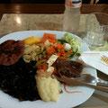 この旅の最後のポルキロ(por quilo)はホテルご近所のレストラン『Aipo & Aipim 』へ!